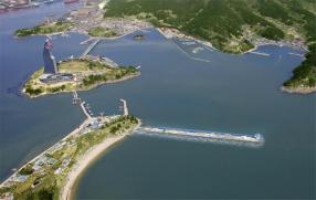 2면-진해 남해안 대표(메인사진)